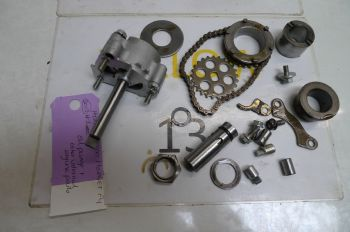 HONDA CB600 HORNET SY   OIL PUMP & OTHER INTERNAL ENGINE PARTS #1(CON-B)